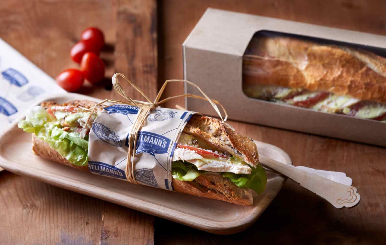 Paper sandwich box with window